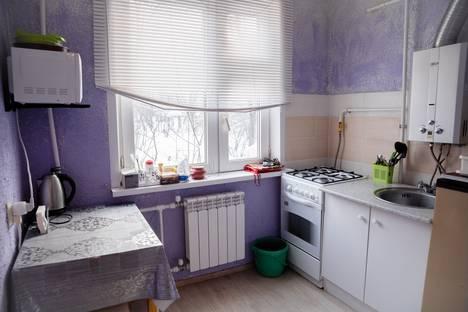 Сдается 2-комнатная квартира посуточно в Казани, Короленко 23.