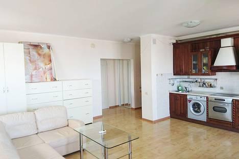 Сдается 1-комнатная квартира посуточнов Сочи, ул. Пирогова, 16.