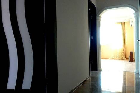 Сдается 3-комнатная квартира посуточнов Батуми, 27 ул. Шериф Химшиашвили.