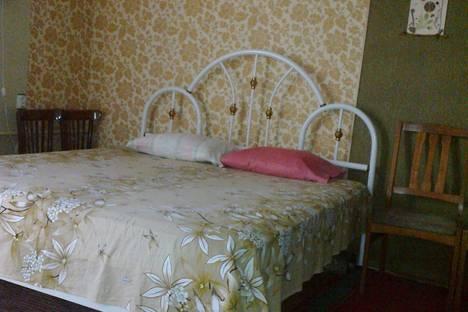 Сдается 1-комнатная квартира посуточно в Алуште, улица Октябрьская,д.36.