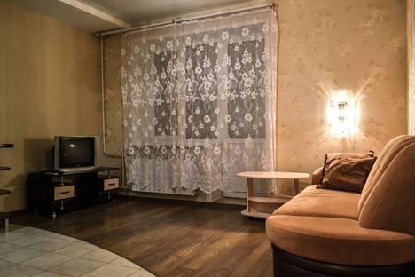 Сдается 2-комнатная квартира посуточно в Кирове, Милицейская улица, 49.
