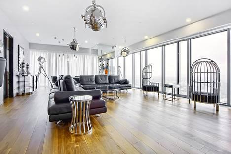 Сдается 2-комнатная квартира посуточнов Лобне, Пресненская набережная 16а.