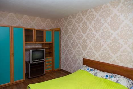 Сдается 1-комнатная квартира посуточно, ул. Емельянова 29.
