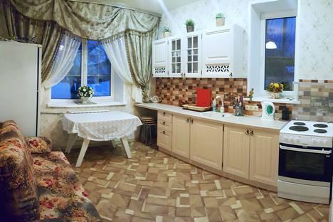 Сдается 2-комнатная квартира посуточно в Дивееве, улица Юбилейная, 36.