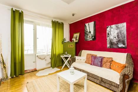 Сдается 2-комнатная квартира посуточнов Одинцове, ул. Новокузнецкая, 6.