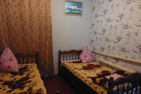 Сдается комната посуточно, улица Маршала Бирюзова, дом 68\1.