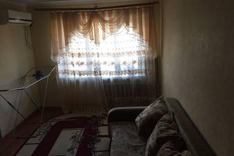 Сдается 1-комнатная квартира посуточнов Новочеркасске, Привокзальная улица 14/2.