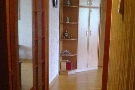 Сдается 2-комнатная квартира посуточно в Партените, ул. Партенитская 6.