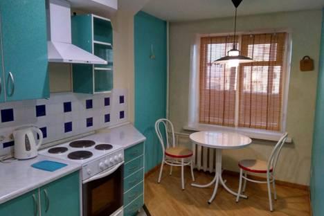 Сдается 1-комнатная квартира посуточнов Волгограде, улица Пархоменко, 31.