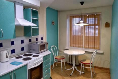 Сдается 1-комнатная квартира посуточно в Волгограде, улица Пархоменко, 31.