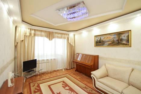 Сдается 2-комнатная квартира посуточно в Сургуте, улица Дзержинского, 6.