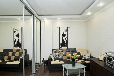 Сдается 2-комнатная квартира посуточно в Сургуте, Университетская улица, 23/4.