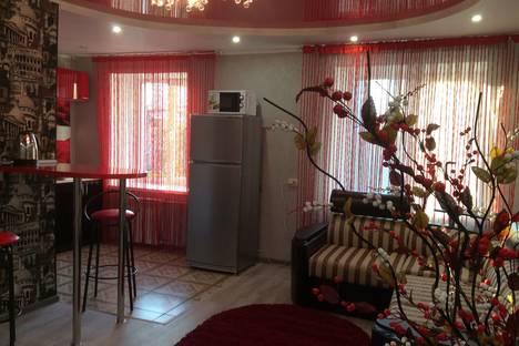 Сдается 2-комнатная квартира посуточно в Курске, Карла Либкнехта 2.