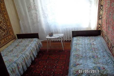 Сдается 2-комнатная квартира посуточно в Яровом, квартал A дом 24.