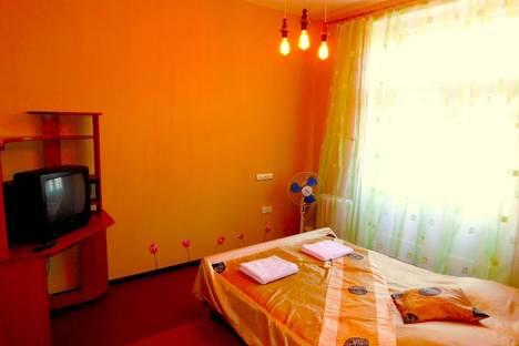 Сдается 2-комнатная квартира посуточно, улица Ушинского, 8.