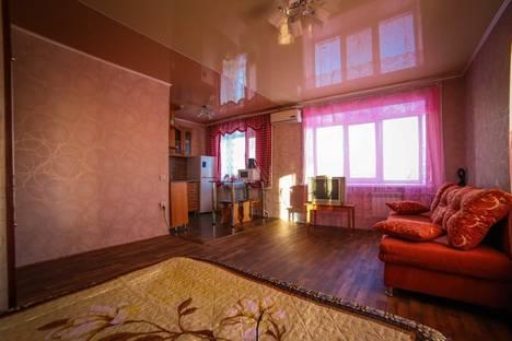 Сдается 1-комнатная квартира посуточно в Комсомольске-на-Амуре, ул. Котовского, 4.
