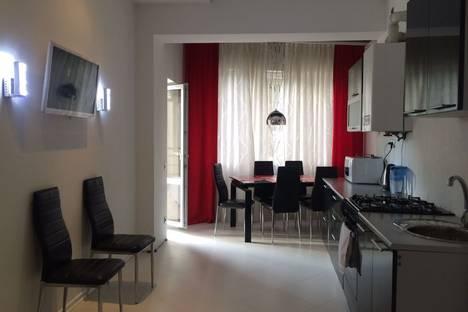 Сдается 2-комнатная квартира посуточнов Сочи, улица Бамбуковая 44а.