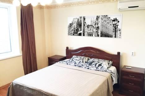 Сдается 2-комнатная квартира посуточнов Уфе, улица Максима Рыльского, 30.