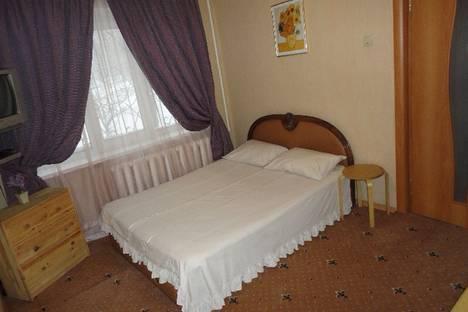 Сдается 1-комнатная квартира посуточнов Новокуйбышевске, улица Фадеева, 60.