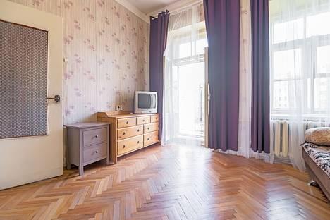 Сдается 1-комнатная квартира посуточнов Санкт-Петербурге, ул. Восстания, 17.