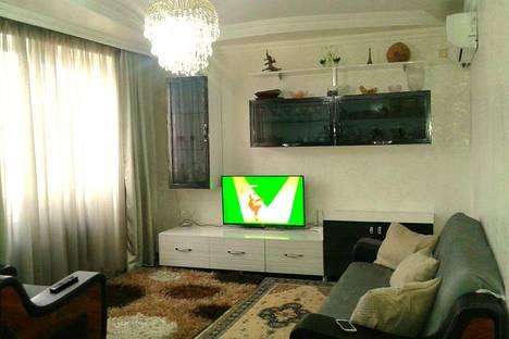 Сдается 3-комнатная квартира посуточнов Кобулети, Аджария,28 улица Грибоедова.