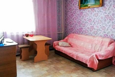 Сдается 2-комнатная квартира посуточно в Кызыле, Ул. Щетинкина-Кравченко, 27.