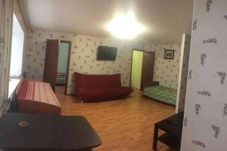 Сдается 3-комнатная квартира посуточно в Белебее, ул. им МГ Амирова, 5.