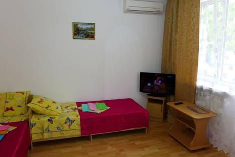 Сдается комната посуточно в Анапе, ул Краснозеленых, 26 к1.