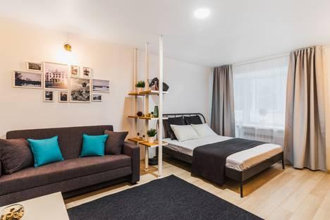 Сдается 1-комнатная квартира посуточно в Бузулуке, 4 микрорайон дом 15.
