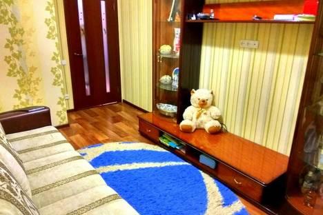 Сдается 2-комнатная квартира посуточно в Алуште, улица Школьная 1.