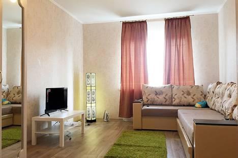 Сдается 1-комнатная квартира посуточнов Казани, улица Баки Урманче, 7.