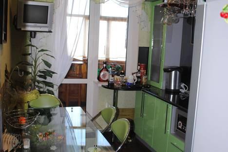 Сдается 1-комнатная квартира посуточно в Керчи, д.60 шоссе Героев Сталинграда.