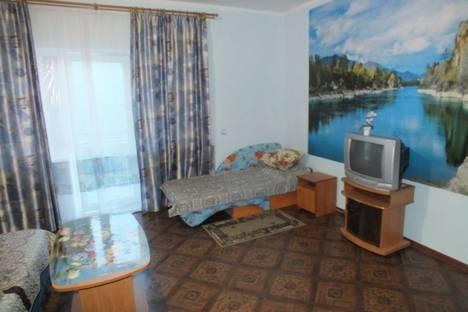 Сдается комната посуточнов Феодосии, Черноморская набережная, 35.