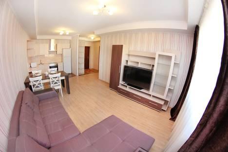 Сдается 2-комнатная квартира посуточно в Алматы, улица Сулейменова 24а.