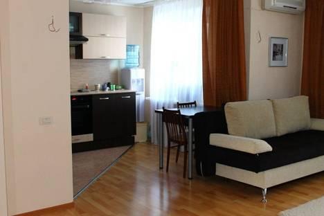 Сдается 1-комнатная квартира посуточно в Видном, улица Ермолинская д.7.