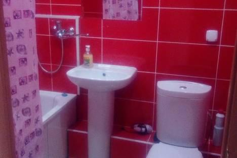 Сдается 1-комнатная квартира посуточно в Екатеринбурге, Утренний переулок, 7.