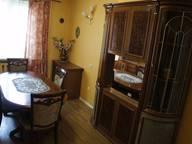 Сдается посуточно 3-комнатная квартира в Омске. 86 м кв. улица 10 лет Октября, 105