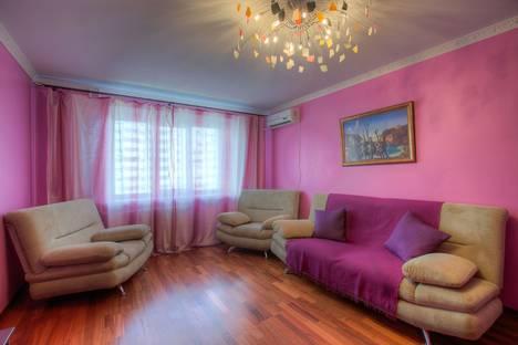 Сдается 3-комнатная квартира посуточно в Воронеже, улица Войкова, 6.