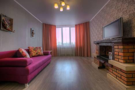 Сдается 2-комнатная квартира посуточнов Воронеже, проспект Труда, 72.
