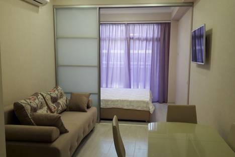 Сдается 1-комнатная квартира посуточно в Сочи, ул. Черноморская д.6.