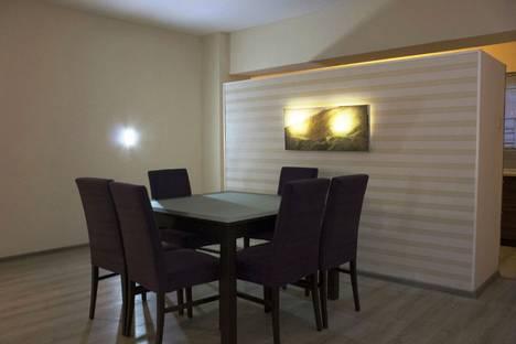 Сдается 6-комнатная квартира посуточнов Баку, проспект Наримана Нариманова дом 129.