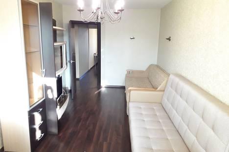 Сдается 2-комнатная квартира посуточно, ул. Кирова дом 149а.