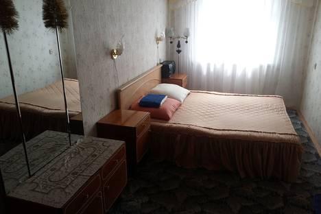 Сдается 2-комнатная квартира посуточно в Новополоцке, Молодёжная улица 121.
