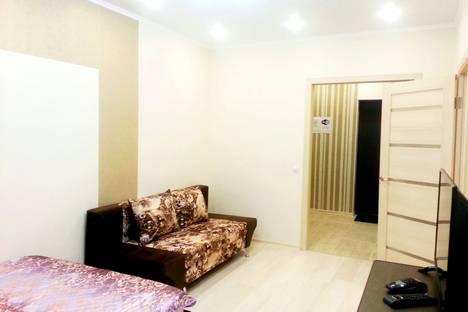 Сдается 1-комнатная квартира посуточно в Тобольске, улица микрорайон 15, д.18.