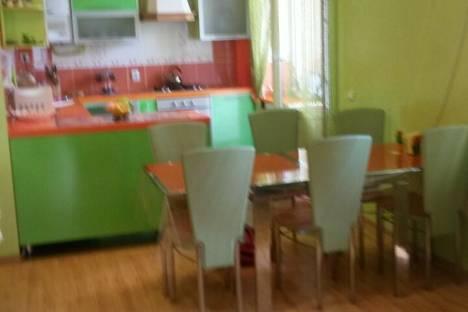 Сдается 3-комнатная квартира посуточно в Анапе, ул. Крымская, 244.
