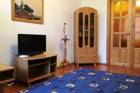 Сдается 2-комнатная квартира посуточно в Пскове, Октябрьский проспект, 14.