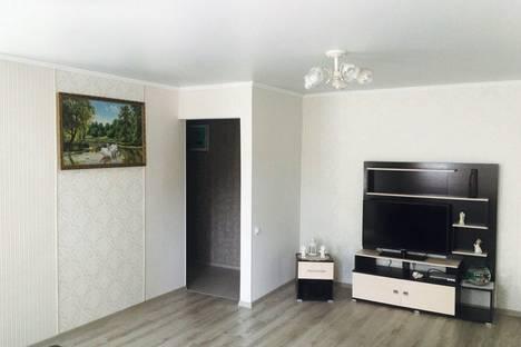 Сдается 2-комнатная квартира посуточно в Адлере, улица Жемчужная, 2А.