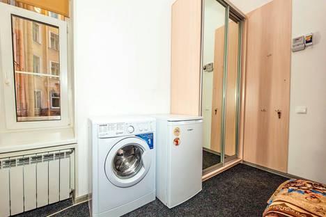 Сдается 1-комнатная квартира посуточнов Санкт-Петербурге, набережная реки Фонтанки д.127.