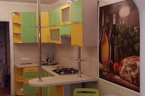Сдается 2-комнатная квартира посуточно в Железноводске, ул. Октябрьская, 38.