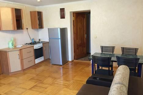 Сдается 2-комнатная квартира посуточно в Геленджике, Севостопольская 46.